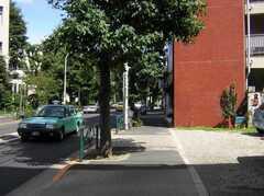 東急東横線祐天寺駅からシェアハウスへ向かう道の様子。(2007-07-17,共用部,ENVIRONMENT,1F)
