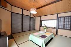 リビングの様子。和室です。(2014-05-28,共用部,LIVINGROOM,2F)