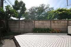 専用の庭の様子。(101号室)(2014-05-28,専有部,ROOM,1F)