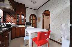 ダイニングキッチンの様子。(2012-04-03,共用部,LIVINGROOM,1F)