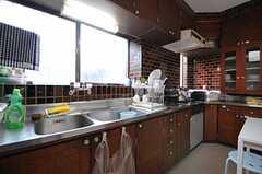 キッチンの様子。(2012-04-03,共用部,KITCHEN,1F)