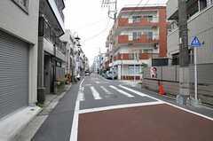 各線・大岡山駅からシェアハウスへ向かう道の様子。(2012-09-25,共用部,ENVIRONMENT,1F)