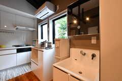 洗面台の様子。(2017-06-28,共用部,WASHSTAND,2F)