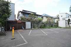 駐輪場・駐車場の様子。(2014-03-14,共用部,GARAGE,1F)