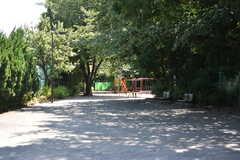 シェアハウス周辺の様子2。三田公園が近くにあります。(2018-07-20,共用部,ENVIRONMENT,1F)