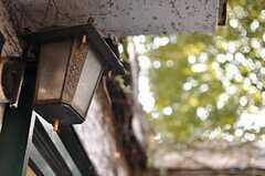 専有部玄関前のランプ。(2012-10-05,共用部,OTHER,2F)