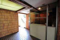 マンションのエントランスホール。(2012-07-30,周辺環境,ENTRANCE,1F)