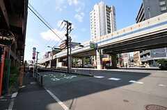 東京メトロ南北線・六本木一丁目駅からシェアハウスへ向かう道の様子。(2012-07-30,共用部,ENVIRONMENT,1F)