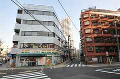 各線・田町駅からシェアハウスへ向かう道の様子。(2011-12-08,共用部,ENVIRONMENT,1F)
