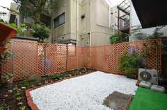 庭の様子。(2014-11-29,共用部,OTHER,1F)