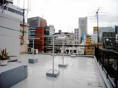 屋上は物干しOK。(7階)(2007-07-19,共用部,OTHER,7F)