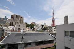 ベランダからは東京タワーが見えます。(501号室)(2011-07-04,専有部,ROOM,5F)