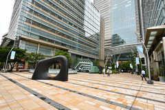 東京ミッドタウンの様子。(2017-08-31,共用部,ENVIRONMENT,1F)