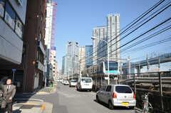 各線浜松町駅駅からシェアハウスへ向かう道の様子。(2011-02-05,共用部,ENVIRONMENT,1F)