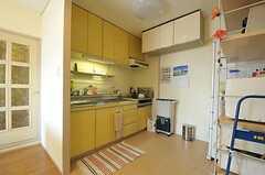 シェアハウスのキッチンの様子。(2011-07-25,共用部,KITCHEN,7F)