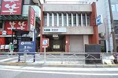 都営浅草線・泉岳寺駅の様子。(2011-07-25,共用部,OTHER,1F)