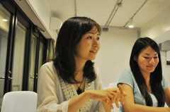 インタビュー時の様子。(2010-07-22,共用部,PARTY,1F)