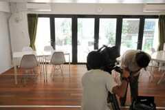 TV取材時の様子3。(2010-09-18,共用部,PARTY,1F)