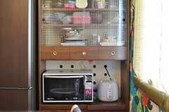 食器棚の様子。(2013-02-21,共用部,KITCHEN,3F)
