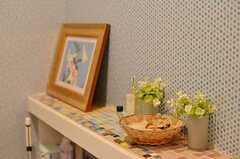 棚はモザイクタイルで装飾されています。(2013-02-21,共用部,TOILET,3F)