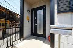 正面玄関の様子。(2013-05-24,周辺環境,ENTRANCE,1F)
