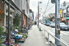 京王井の頭線・三鷹台駅前の様子。(2017-02-17,共用部,ENVIRONMENT,1F)