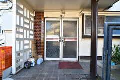 シェアハウスの玄関。(2019-10-30,周辺環境,ENTRANCE,1F)