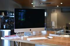 iMacの様子。入居者さんは自由に使うことができます。(2019-07-30,共用部,PC,1F)