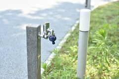 森の広場にも水栓が設置されています。(2019-07-30,共用部,OTHER,1F)