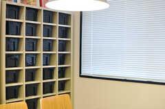 各専有部ごとに使えるストッカーもあります。(2012-10-08,共用部,LIVINGROOM,1F)