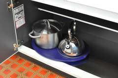 調理器具はシンク下の収納に収められています。(2012-08-29,共用部,KITCHEN,1F)