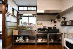 キッチンの様子。(2020-08-28,共用部,KITCHEN,1F)