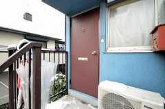 シェアハウスの正面玄関。(2010-02-02,周辺環境,ENTRANCE,2F)