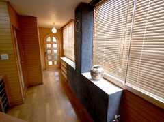 手塗りのモルタル家具。(2008-03-17,周辺環境,ENTRANCE,2F)