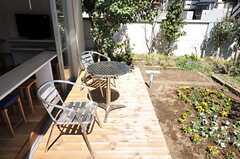テラスの先には菜園もあります。(2011-03-18,共用部,OTHER,1F)