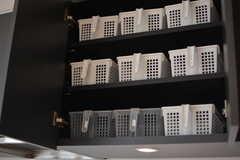 部屋ごとに使える収納ボックス2。(2021-03-25,共用部,KITCHEN,4F)
