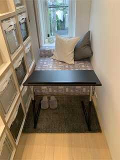 部屋での在宅ワークに便利な折り畳み机(3種類)をレンタルしているそう。 ※事業者様提供素材(2021-06-21,専有部,ROOM,2F)