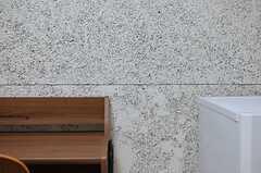 壁の様子。(H101号室)(2014-10-15,専有部,ROOM,1F)