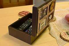 宝箱のようなリモコン入れ。(2014-12-01,共用部,LIVINGROOM,3F)