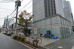 各線・中野坂上駅の周辺の様子。(2014-12-01,共用部,ENVIRONMENT,1F)