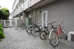 自転車置き場の様子。(2014-09-17,共用部,GARAGE,1F)