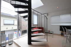 階段を上がって3Fへ。(2011-05-16,共用部,OTHER,2F)