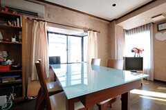 シェアハウスのリビングの様子5。(2011-01-26,共用部,LIVINGROOM,3F)