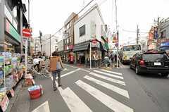 駅前の商店街は充実しています2。(2013-03-29,共用部,ENVIRONMENT,1F)