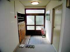 正面玄関内部の様子。(2006-05-31,周辺環境,ENTRANCE,1F)