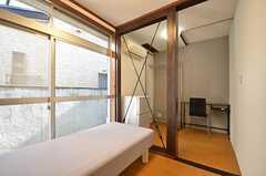 専有部の様子。部屋を区切って使うことが出来ます。(104号室)(2015-01-08,専有部,ROOM,1F)