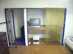 収納の様子。(209号室)(2007-12-27,専有部,ROOM,2F)