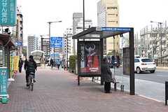 バス停の様子。中野行きです。(2017-03-07,共用部,ENVIRONMENT,2F)