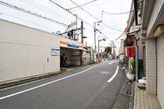 西武新宿線・都立家政駅周辺の様子4。(2017-09-20,専有部,ROOM,1F)