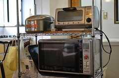 キッチン家電の様子。(2012-03-04,共用部,KITCHEN,2F)